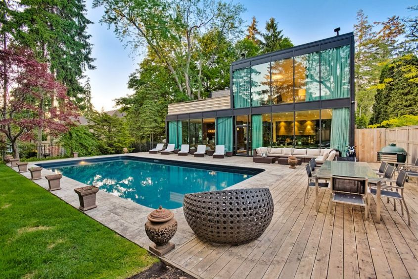 The Glass House Toronto by Jonathan Furlong