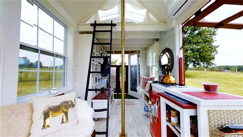 Tiny Firehouse - Station No. 9 Image: Today