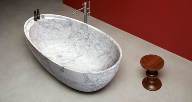 Carrara Marble Freestanding Bathtub from Antoniolupi