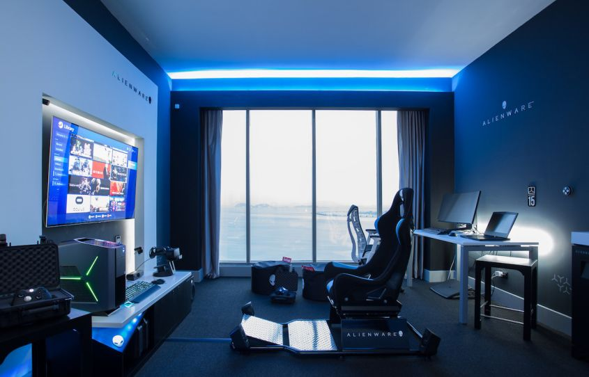 Hilton Panama Alienware Room - Gaming hotel room