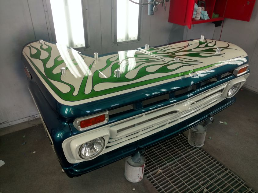 Ford Truck Restoration Parts >> Dying Ford Truck Restored into Office Desk