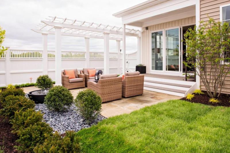 how to maintain backyard