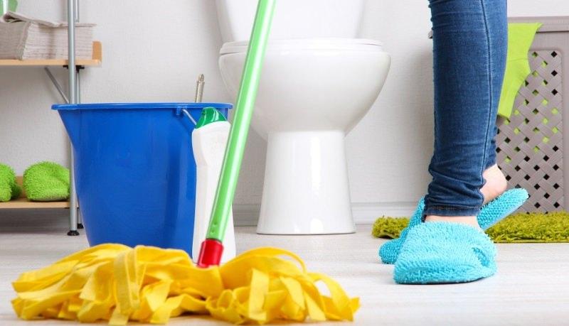 keep bathroom clean