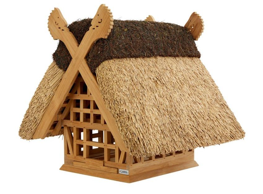 Birdhouse with Thatched Roof