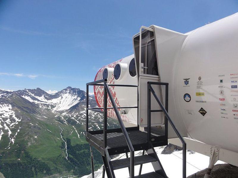 Bivacco Gervasutti on the Frebouze Glacier in the Mont Blanc