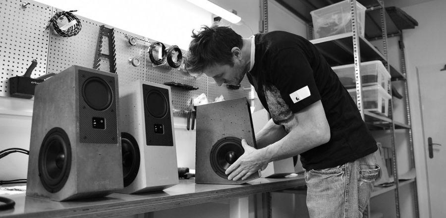 Gravelli Virtuoso Concrete Speakers
