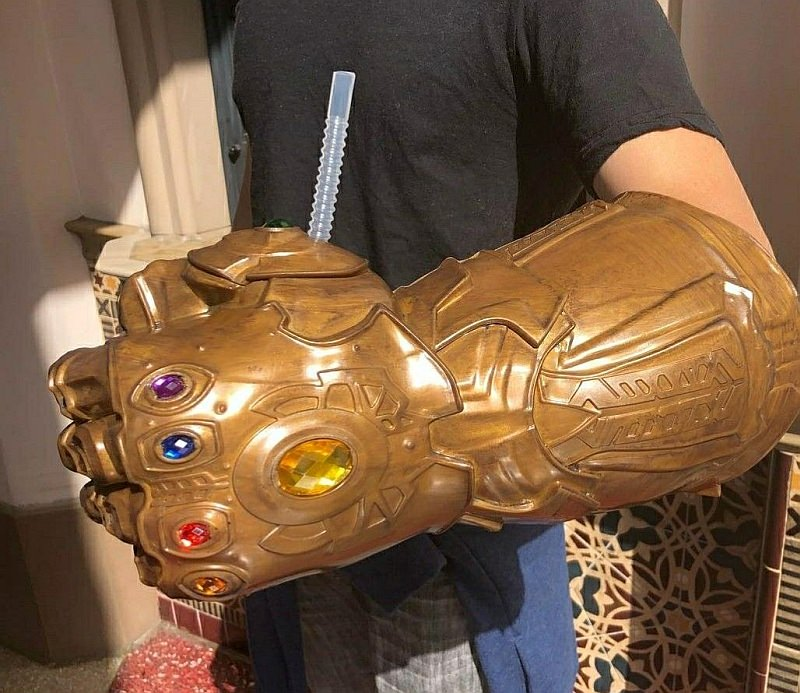 Infinity Gauntlet Souvenir Sipper Cup