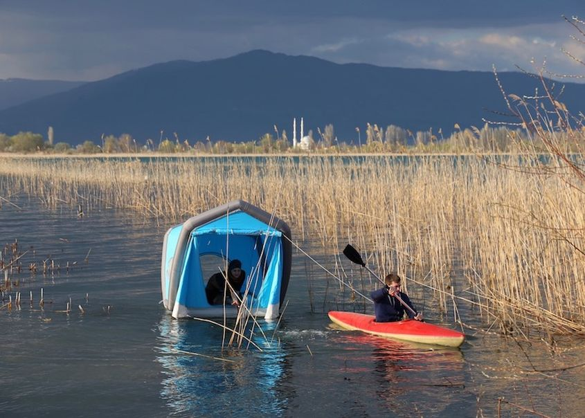 Inflatable Rooftop Tent Lets You Float over Water