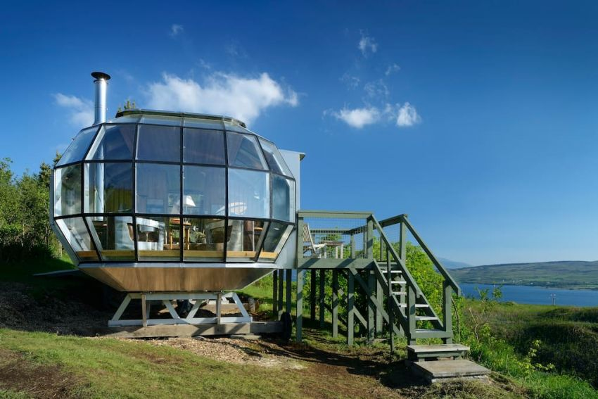 AirShip 002 on Airbnb