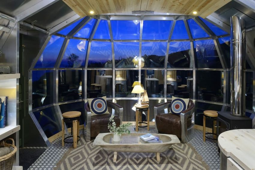Immerse Yourself In Submarine Inspired Airship 002 Pod In
