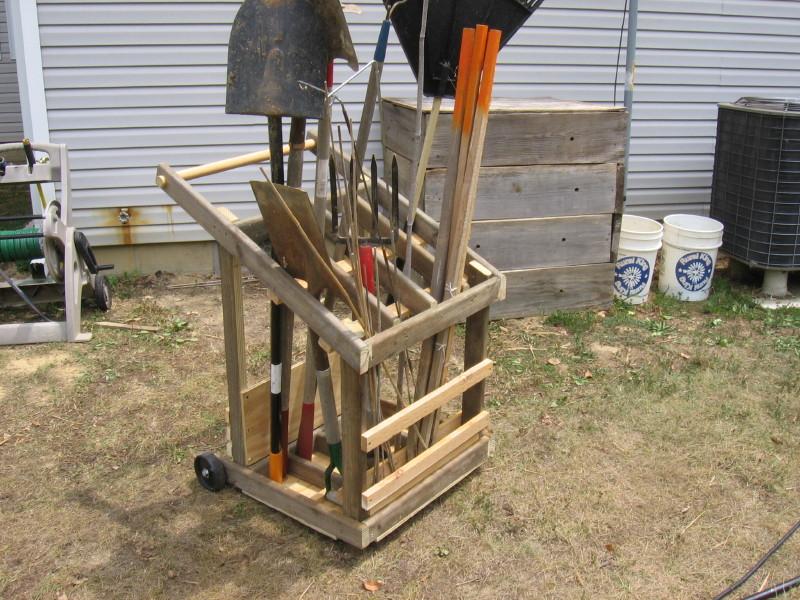 Movable Garden Tool Rack