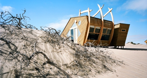 Shipwreck Lodge on Namibia's Skeleton Coast_3