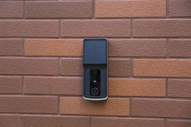 Soliom Solar-Powered Smart Video Doorbell Promises Easy Installation - Home security