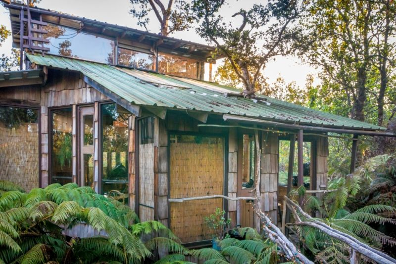 Volcano Treehouse by Skye in Hawaii can be Rented for $351