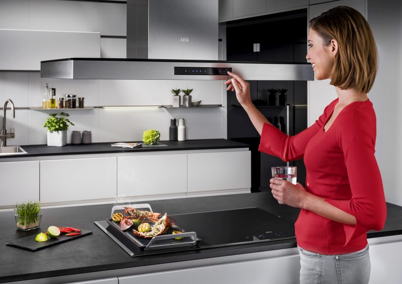Electrolux to Launch Sensor-Enabled Induction Hob at IFA 2018