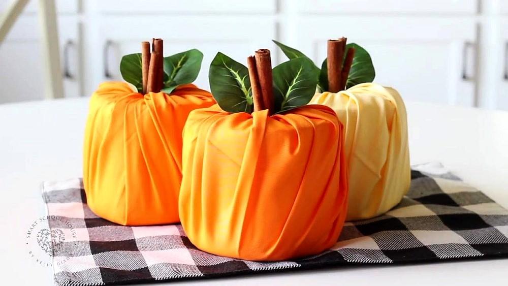 How to Make Toilet Paper Pumpkin