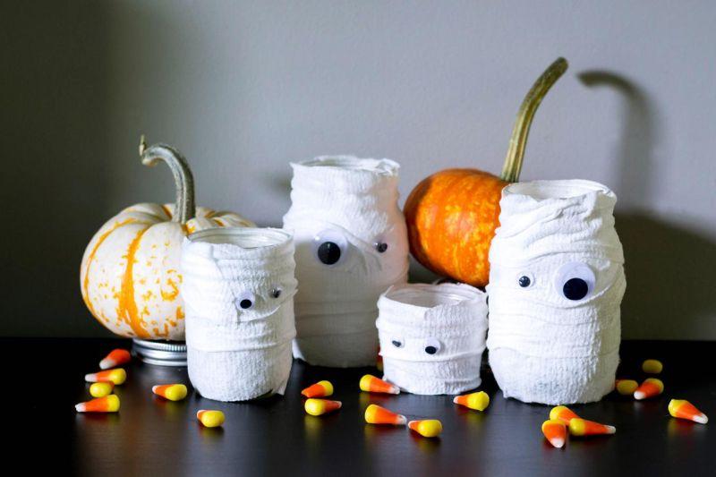 Mummy Mason Jar Luminaire