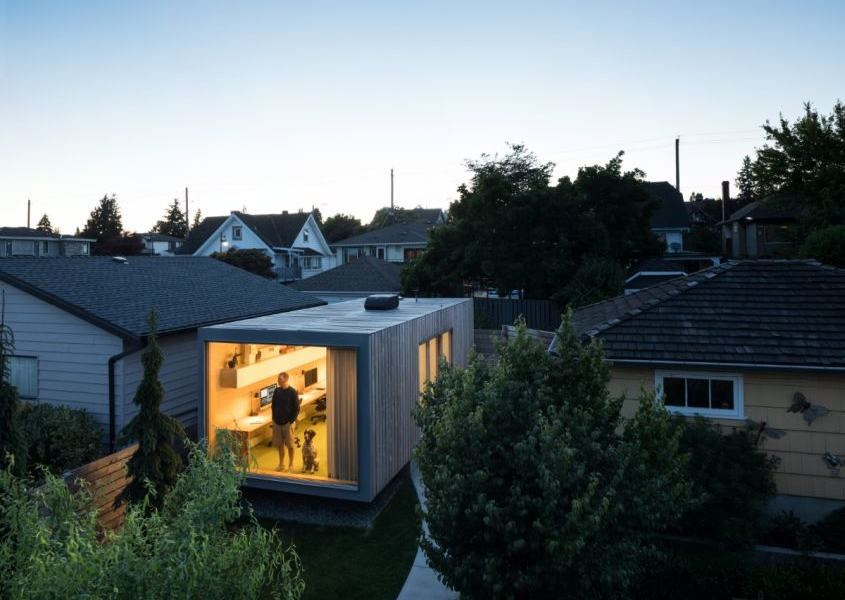 Architect Turns Shipping Container into Home Office