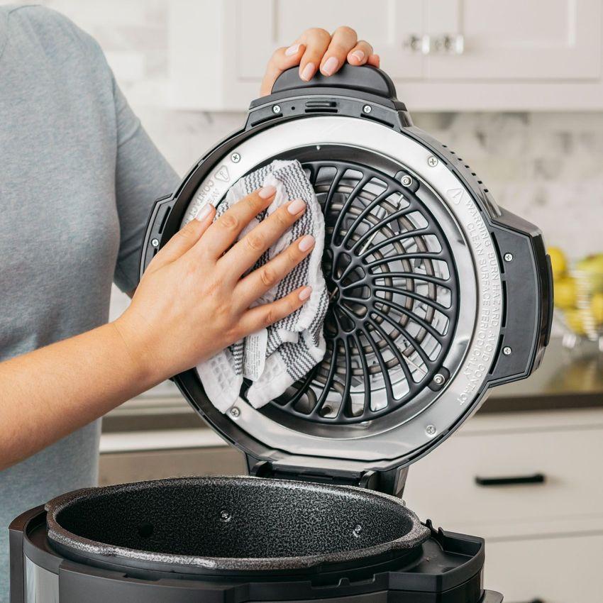 ninja-foodi-pressure-cooker
