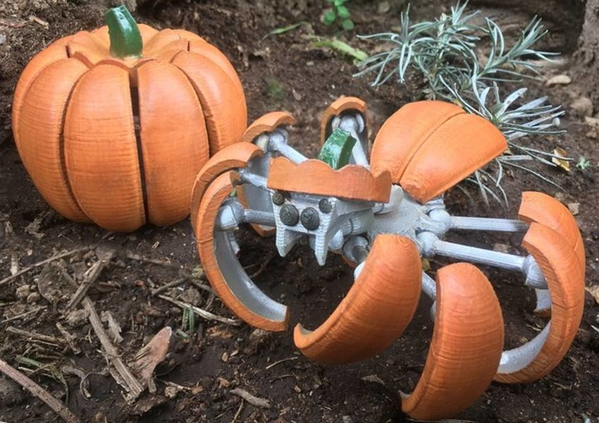 3D printed Halloween Pumpkin Spider Transformer