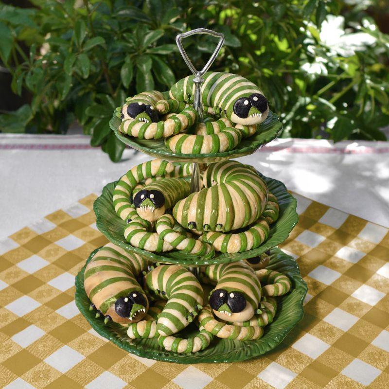 Baking Artist Christine McConnell's Freddie Mercury Cake