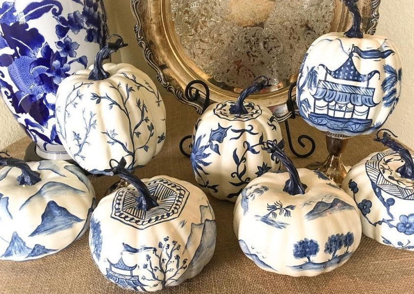 Chinoiserie Pumpkins are the Classiest Halloween Decorating Trend