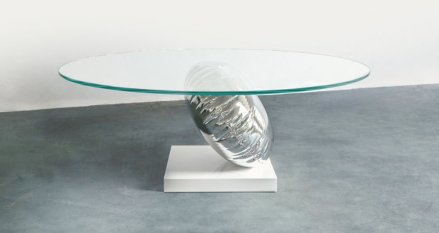 Duffy London's New Balance Balloon Table