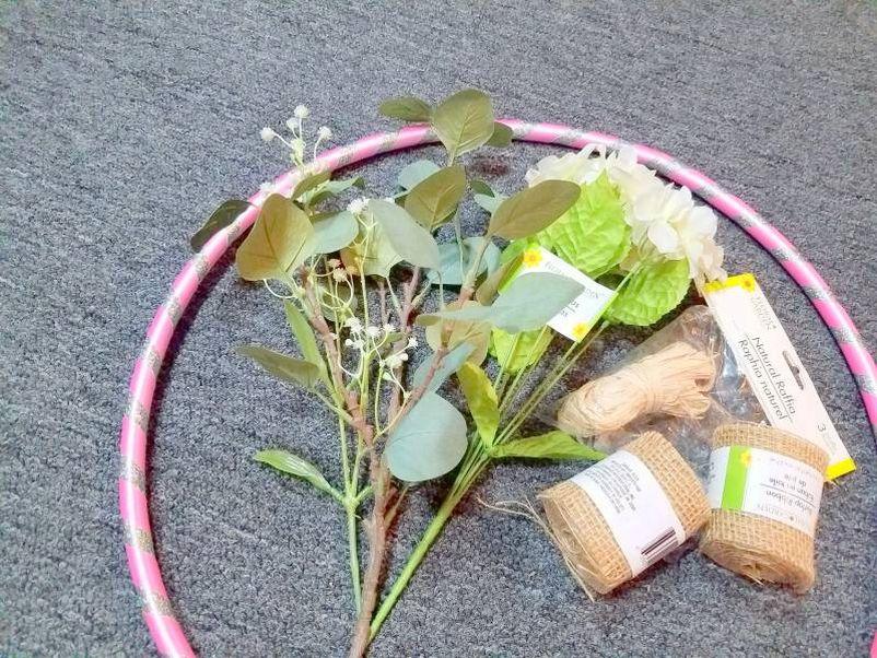 How to DIY Hula Hoop Halloween Wreath