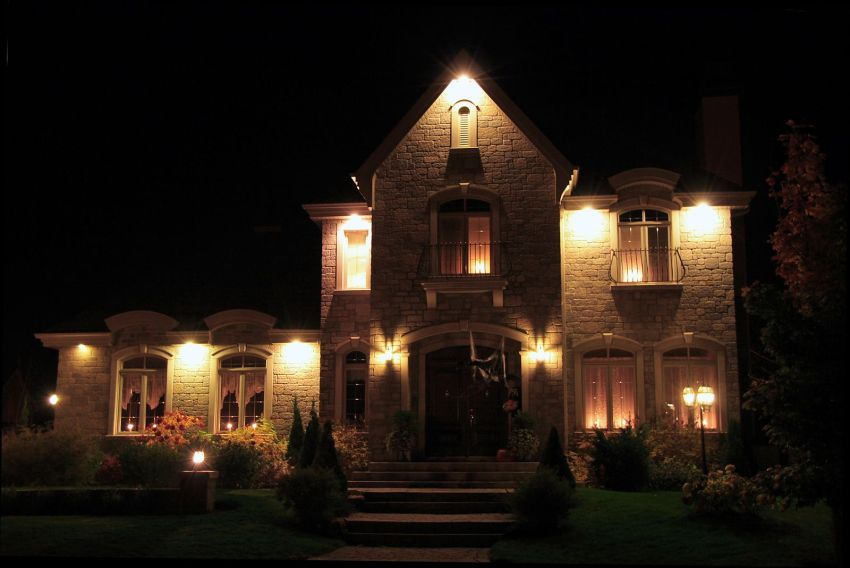 Important Things to Consider When Choosing Outdoor Lighting-1