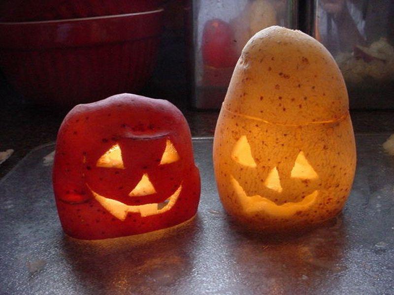 Potato jack-o'-lantern