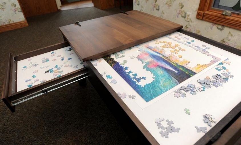 Puzzle Table by Ohio Couple is a hit on Facebook_3