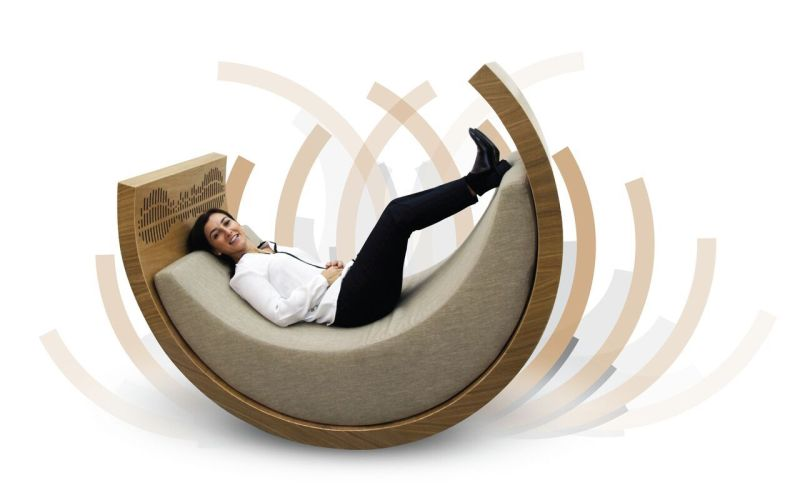 iBerço 2.0 Rocking Chair has Built-In Speakers and Screen