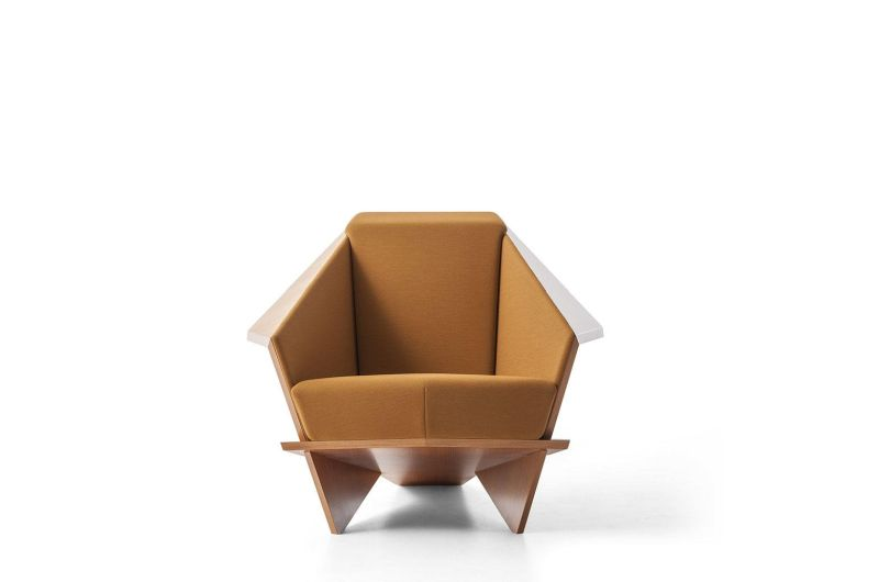 Cassina Re-Releases Limited Edition Series of New Version Frank Lloyd's Taliesin 1 Armchair