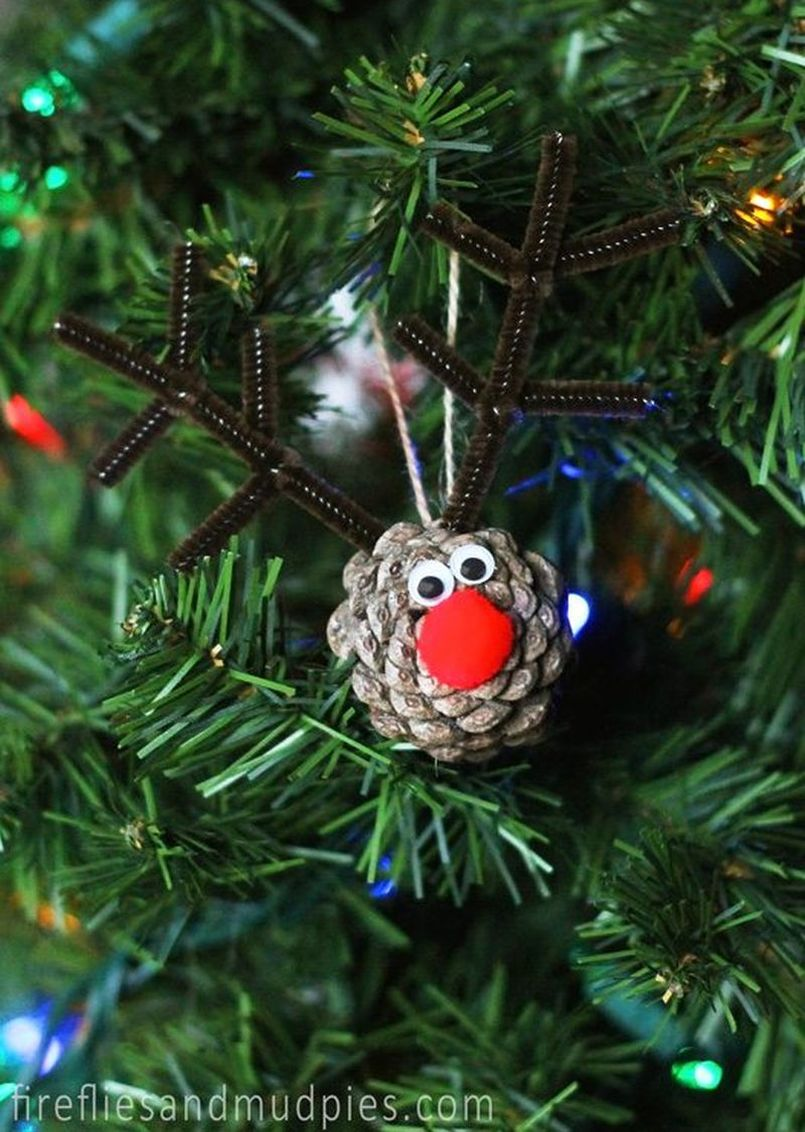Pine Cone Reindeer Christmas Tree Ornament