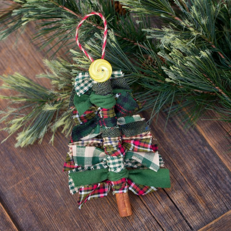 Scrap FaQbric Tree Ornaments