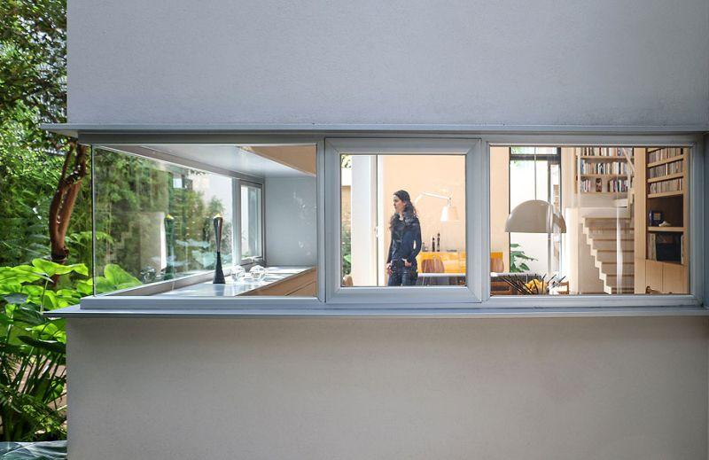 Modern corner windows design