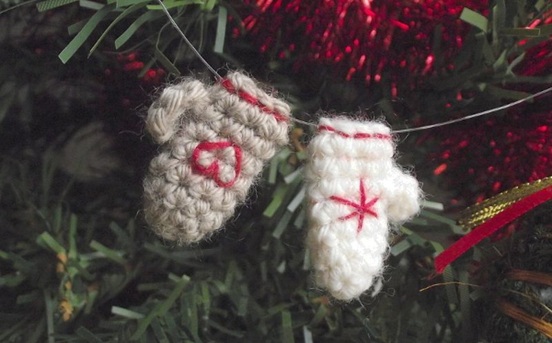 crocheted mini mittens Christmas tree ornamentcrocheted mini mittens Christmas tree ornament
