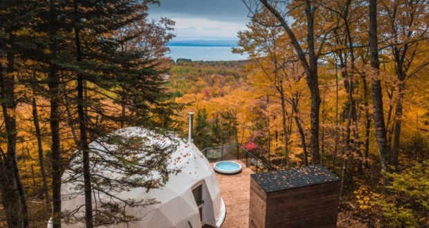 Geodesic Dome Holiday Accommodations Near Quebec City