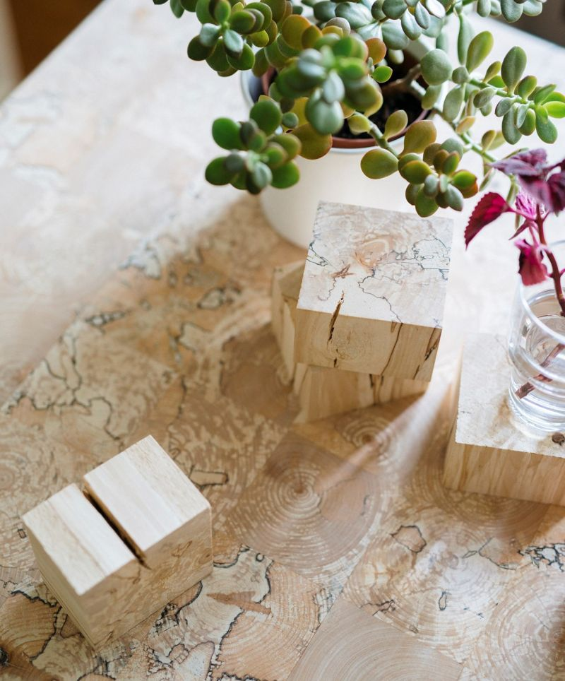 Leppänen dining table concept by Riku Toivonen
