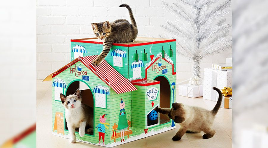 Target's is Selling Holiday-Themed Cat Scratchers_45