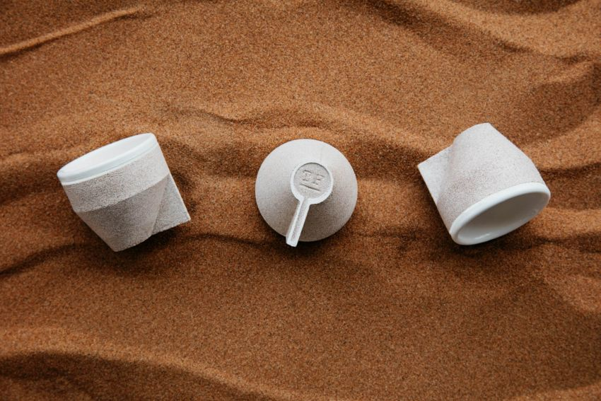 The Foundry Makes Ramel Coffee Cups from Sand_1