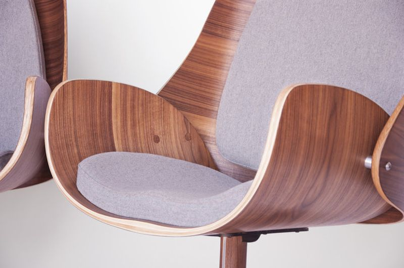 Upholstered Bentwood Lounge Chair from q co_10