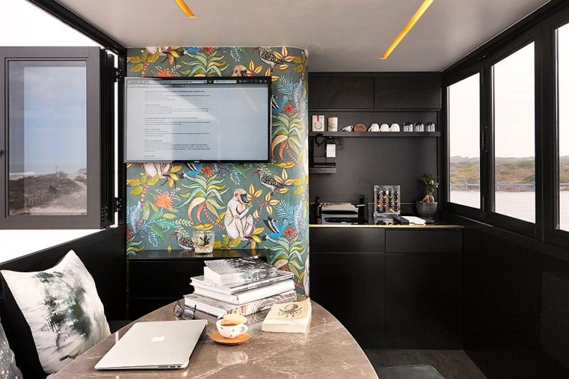 Nova Mobile Office by Work & Co