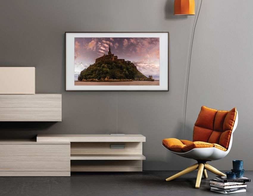 Samsung's The Frame and Serif TVs with QLED Displays at CES 2019