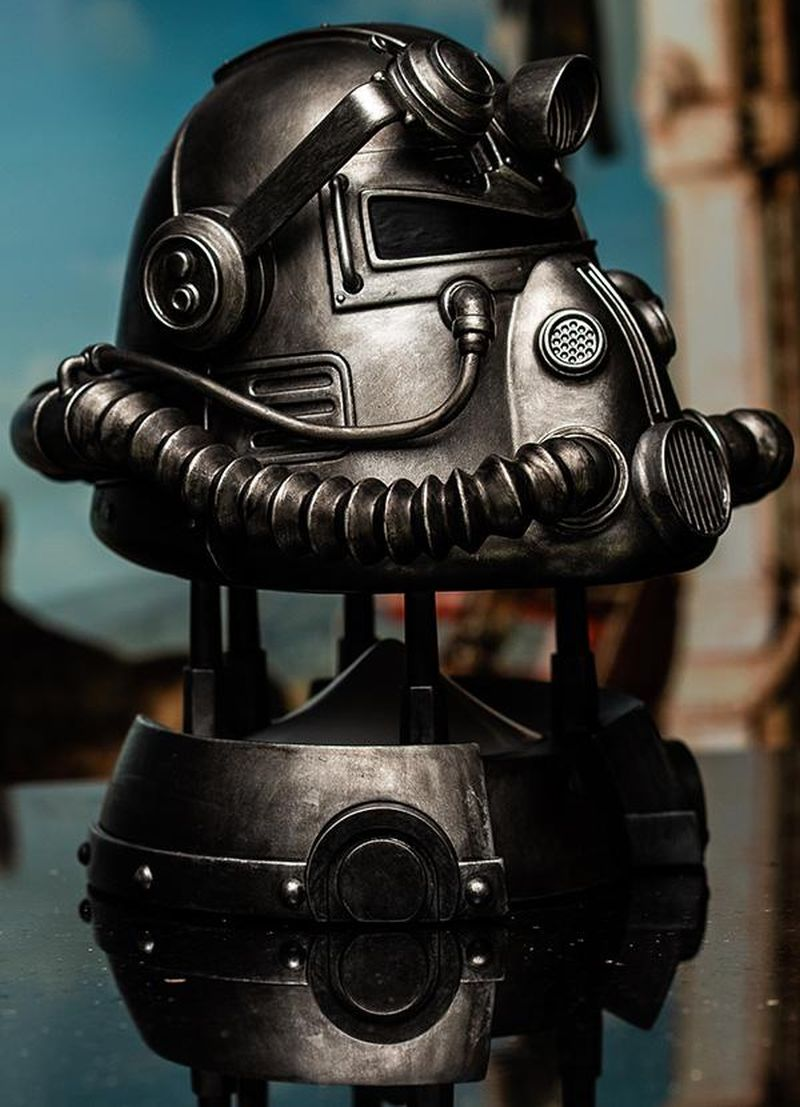 Fallout T 51 Power Armor Helmet Gesture Controlled Bluetooth Speaker