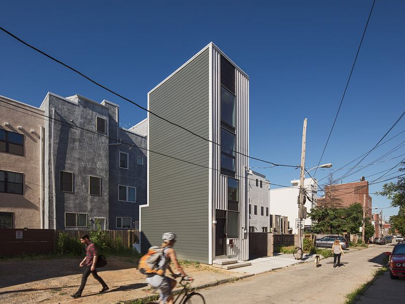 Interface Studio Architects Builds Tiny House Tower in Philadelphia