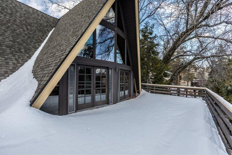 A-Frame House Up for Sale in Lake Arrowhead, California