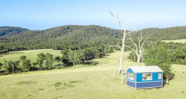 This Off-Grid Tiny House in Yarra Valley, Australia can be Rented for $125