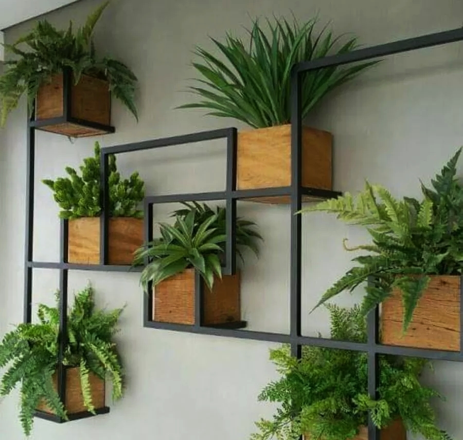 Vertical Garden Iron Planter