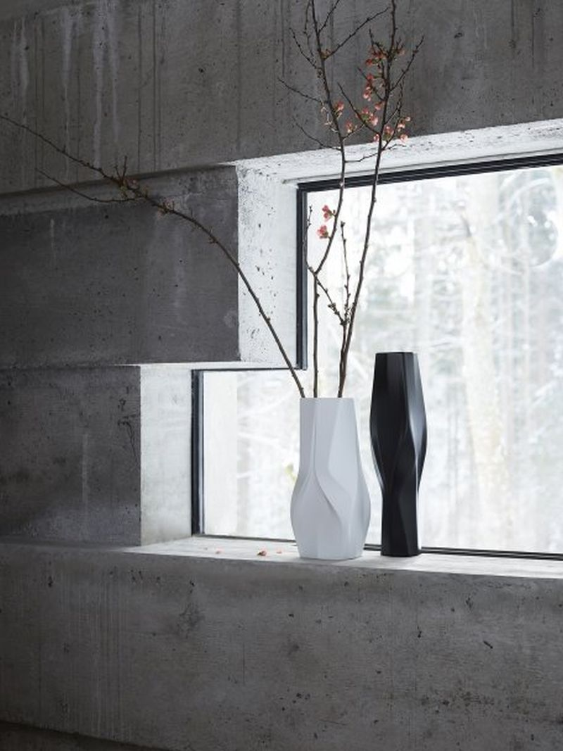 Weave vases by Zaha Hadid Design